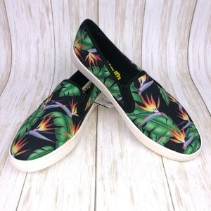 Loudmouth Vienna Retro Flowers Flats Slip On 11
